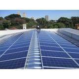 Instalação energia solar metal na Vila Neila